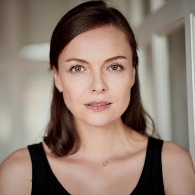 Elena Halangk